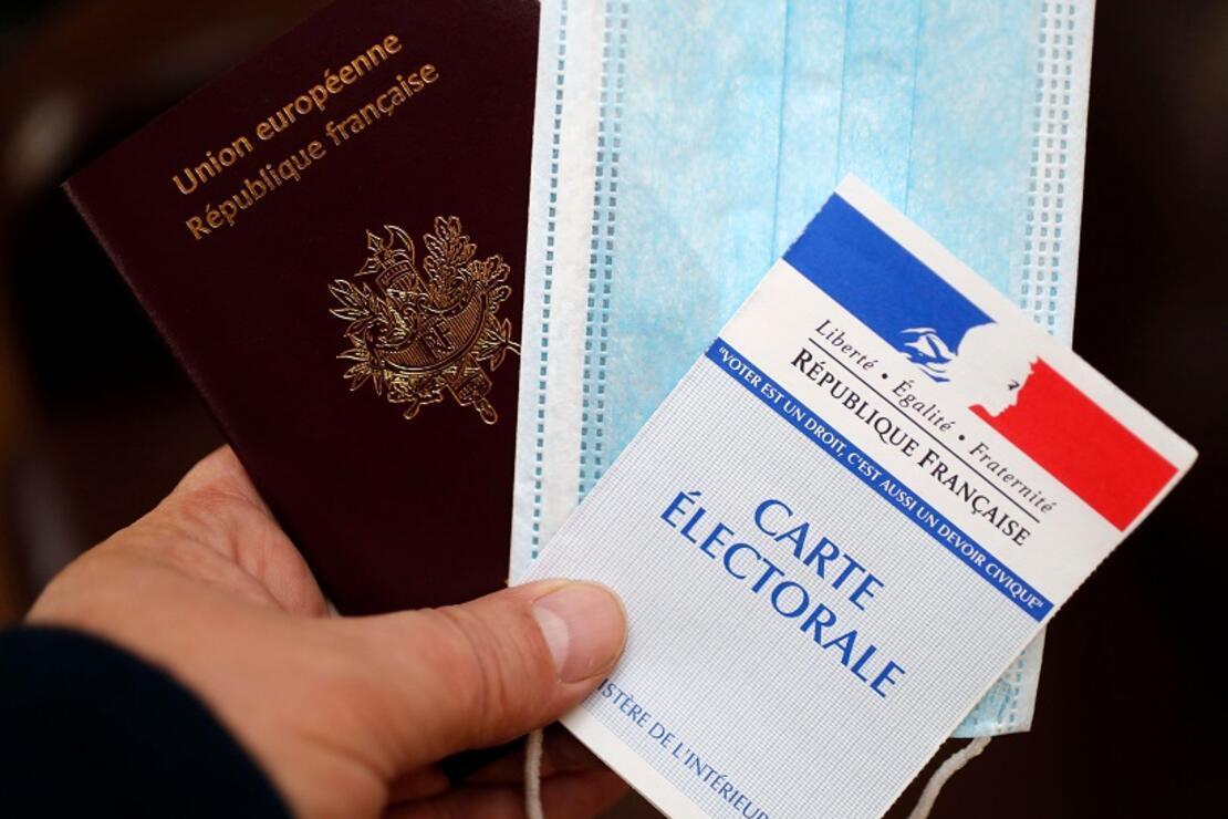 Sınırların tekrar açılmasından sonra 'sağlık pasaportları' gündemde