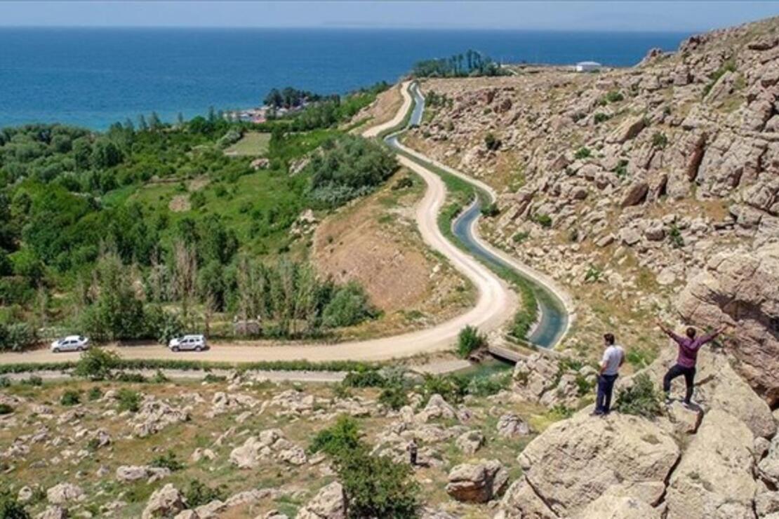 2 bin 800 yıllık Urartu Şamran Kanalı Van'ın cazibe merkezi olacak