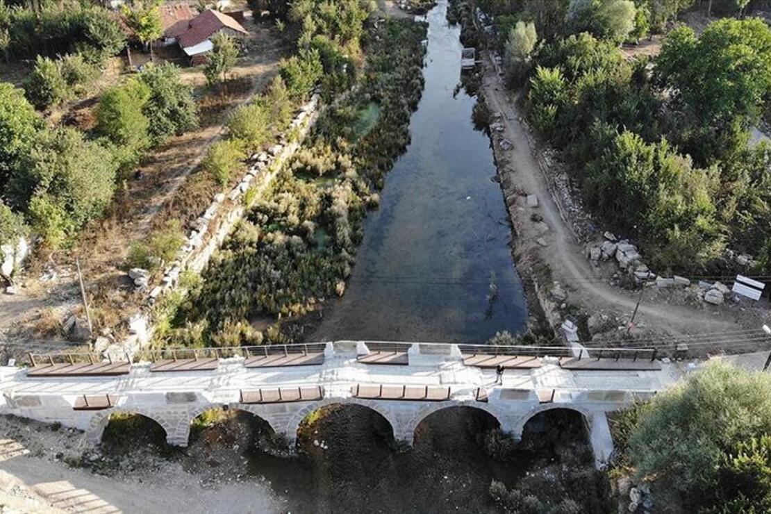 Aizanoi'nin ziyaretçileri nehirde kayıkla 'Antik Çağ'a yolculuk' yapacak