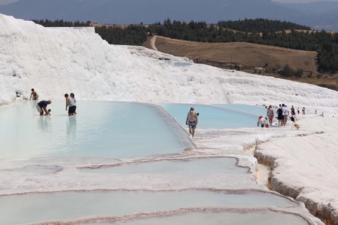 Turizmcilerden bayram tatili için Pamukkale'ye davet