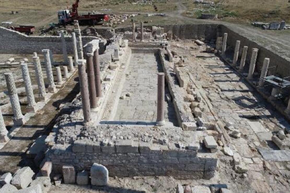 Tripolis Antik Kenti'ndeki 'anıtsal çeşme'nin restorasyonuna başlandı