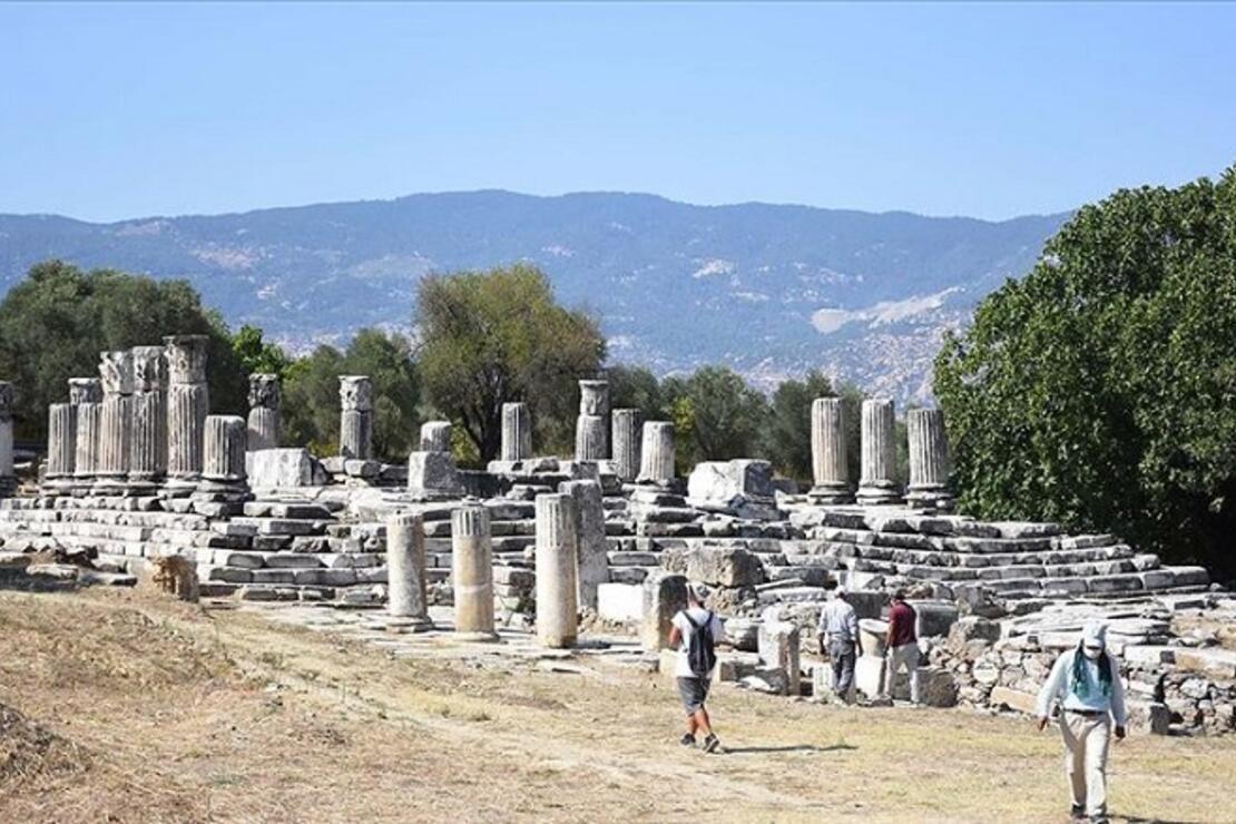 Lagina Hekate Kutsal Alanı'ndaki yapılar ayağa kaldırılıyor