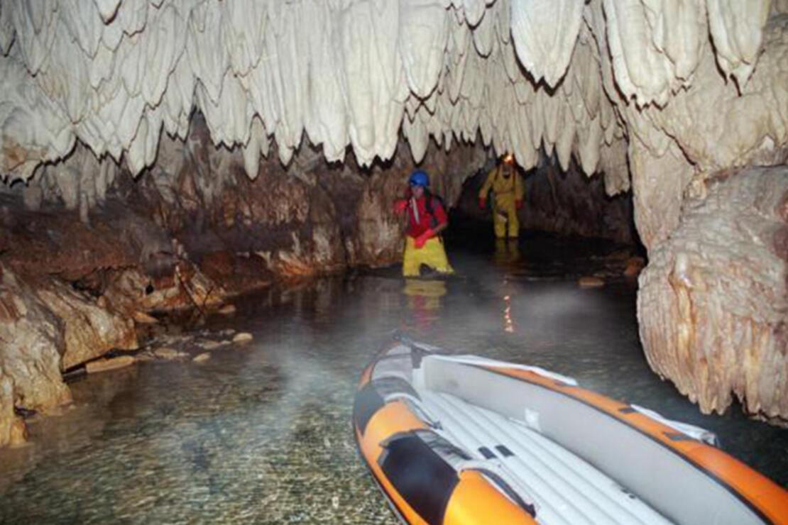 Ayvaini Mağarası Nerededir? Ayvaini Mağarası Oluşumu, Özellikleri, Giriş Ücreti Ve Ziyaret Saatleri (2020)