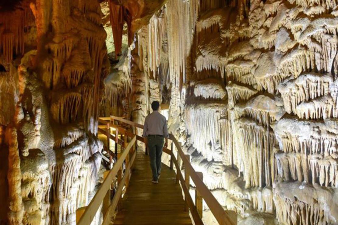 Karaca Mağarası Nerededir? Karaca Mağarası Oluşumu, Özellikleri, Giriş Ücreti Ve Ziyaret Saatleri (2020)