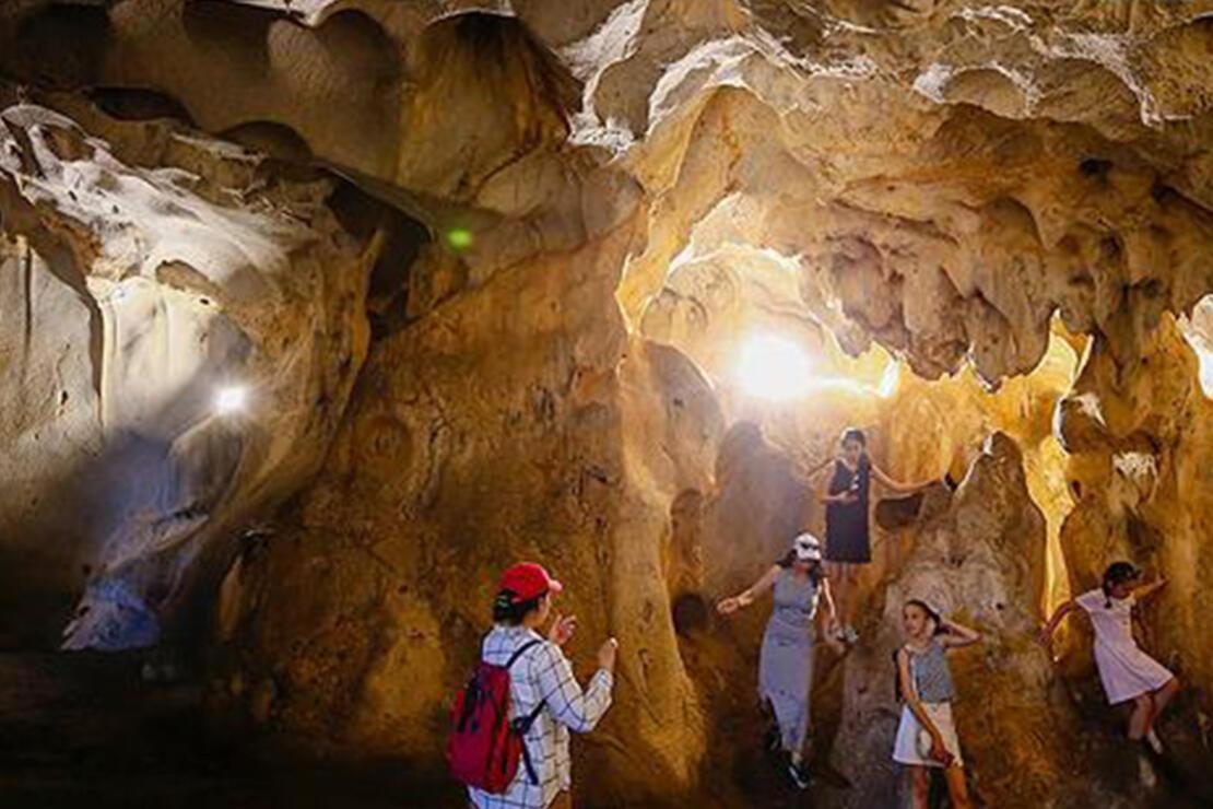 Karain Mağarası Nerededir? Karain Mağarası Oluşumu, Özellikleri, Giriş Ücreti Ve Ziyaret Saatleri (2020)