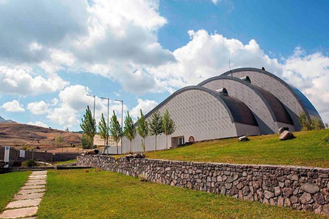 Baksı Müzesi Nerede? Baksı Müzesi Tarihçesi, Eserleri, Giriş Ücreti Ve Ziyaret Saatleri (2020)