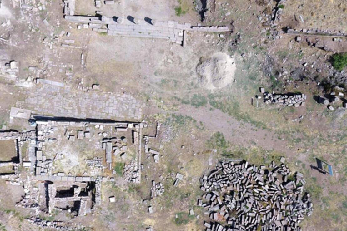 Assos Antik Kenti Nerede? Assos Antik Kenti Hakkında Bilgi, Tarihi, Efsanesi, Giriş Ücreti Ve Ziyaret Saatleri (2020)