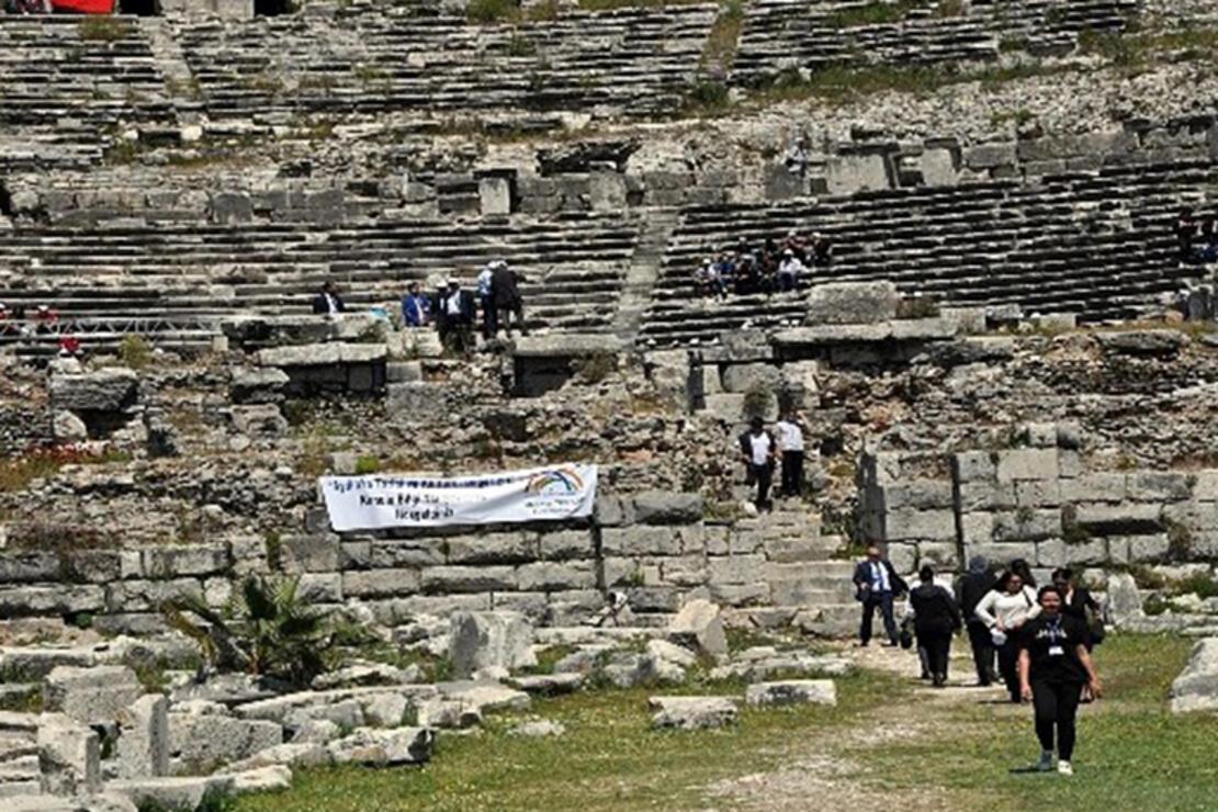 Milet Antik Kenti Nerede? Milet Antik Kenti Hakkında Bilgi, Tarihi, Efsanesi, Giriş Ücreti Ve Ziyaret Saatleri (2020)
