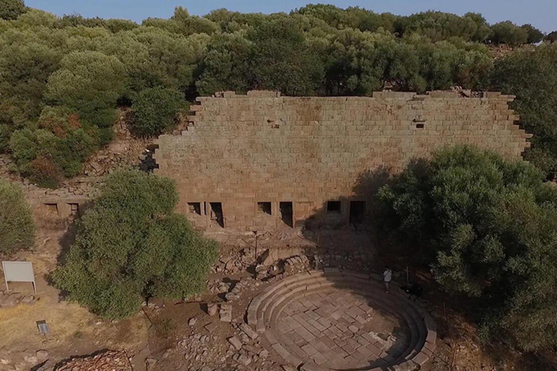 Aigai Antik Kenti Nerede? Aigai Antik Kenti Hakkında Bilgi, Tarihi, Efsanesi, Giriş Ücreti Ve Ziyaret Saatleri (2020)