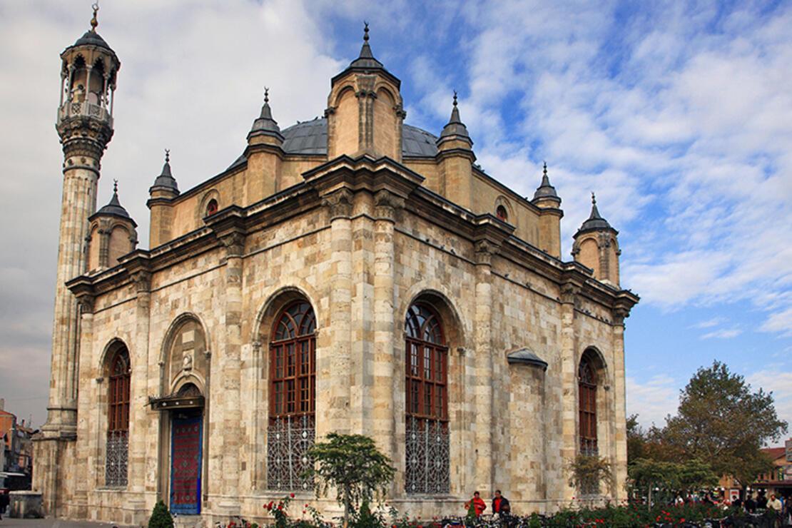 Aziziye Camii Nerede? Aziziye Camisi Tarihi, Özellikleri, Hikayesi Ve Mimarı Hakkında Bilgi