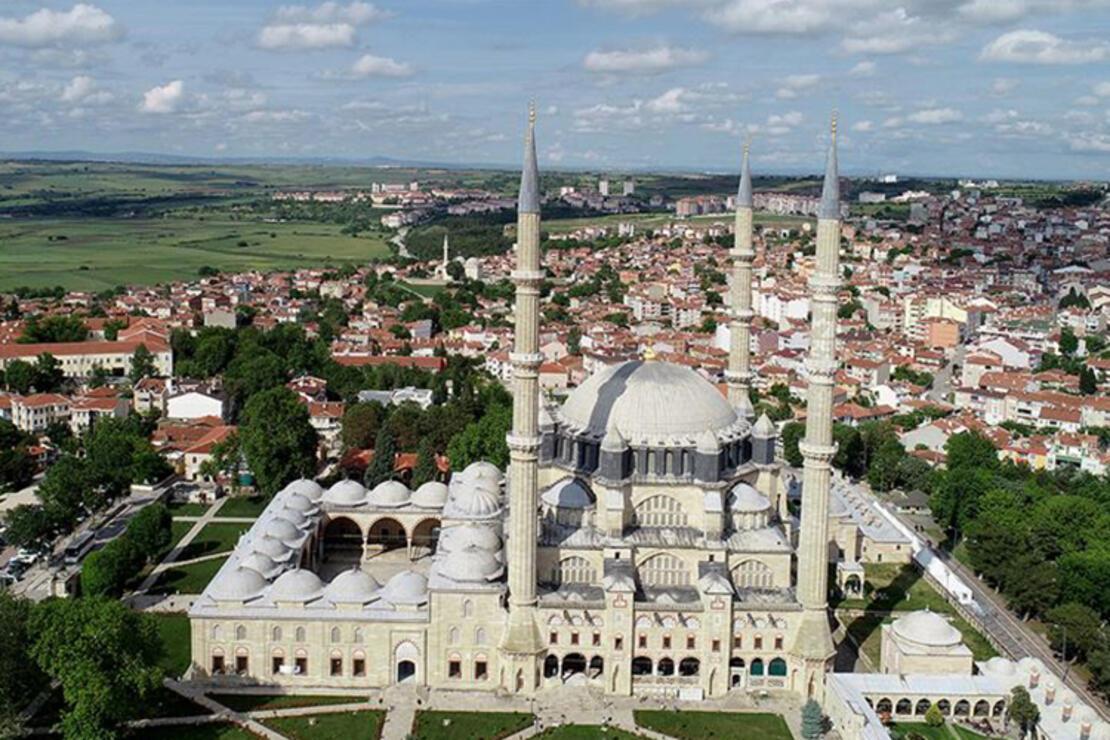Selimiye Camii Nerede? Selimiye Camisi Tarihi, Özellikleri, Hikayesi Ve Mimarı Hakkında Bilgi