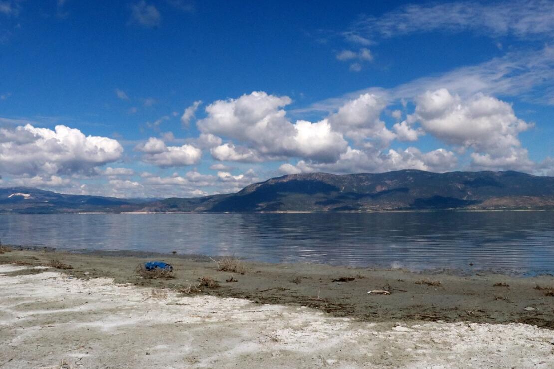 'Burdur Gölü'ndeki kuruma su kuşlarına sayısal olarak zarar verecek'