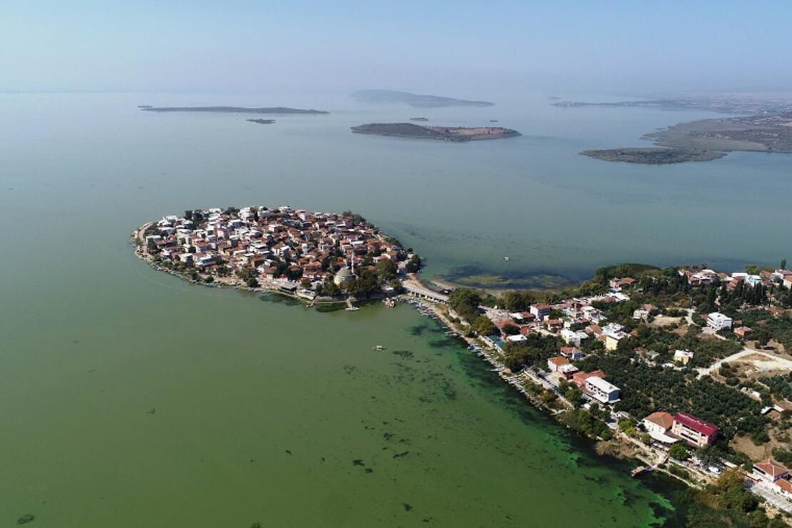 Avrupa'nın en güzel 30 kasabası arasına giren Gölyazı havadan görüntülendi