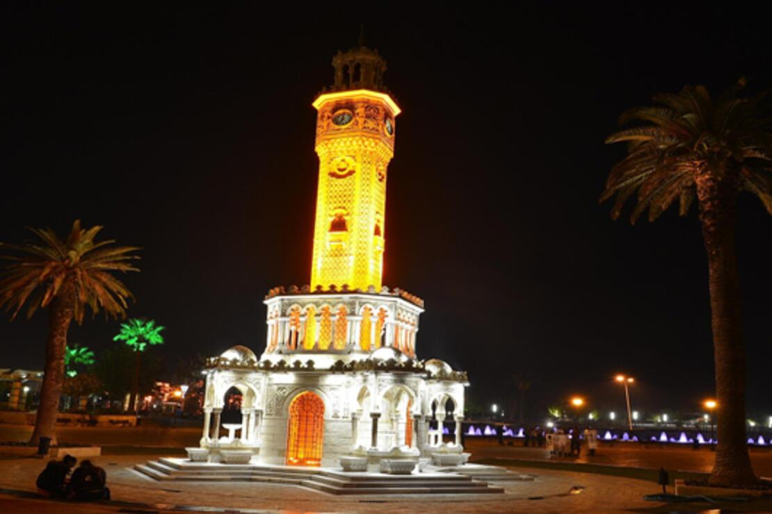 İzmir 'en sevilen kent' olma yolunda