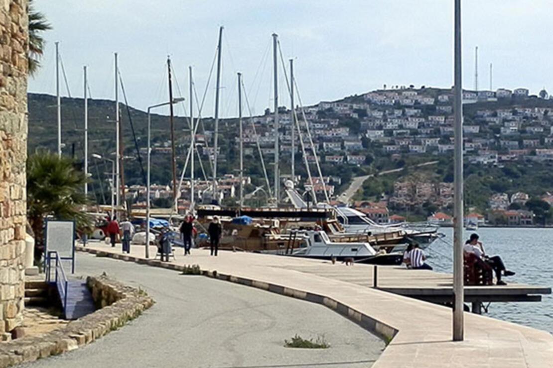 Foça Plajları 2020 - Foça'da Denize Girilecek En İyi Ücretli Ve Ücretsiz (Halk) Plajları Listesi