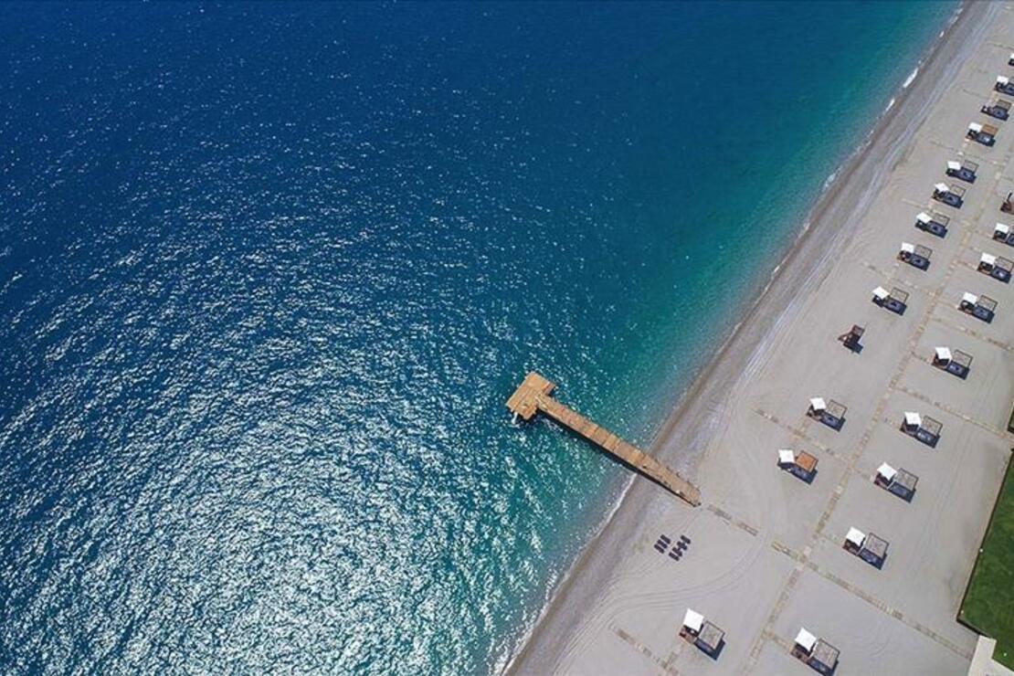Antalya'ya en çok turist Rusya ve Ukrayna'dan geldi