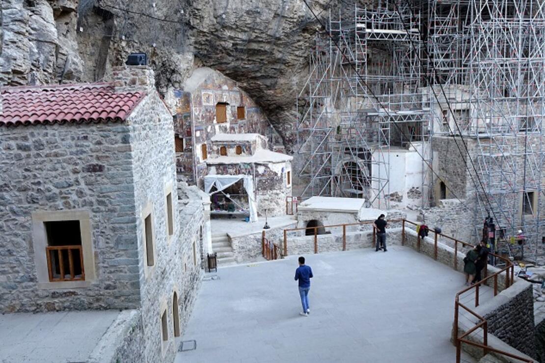 Sümela Manastırı'na yoğun ilgi