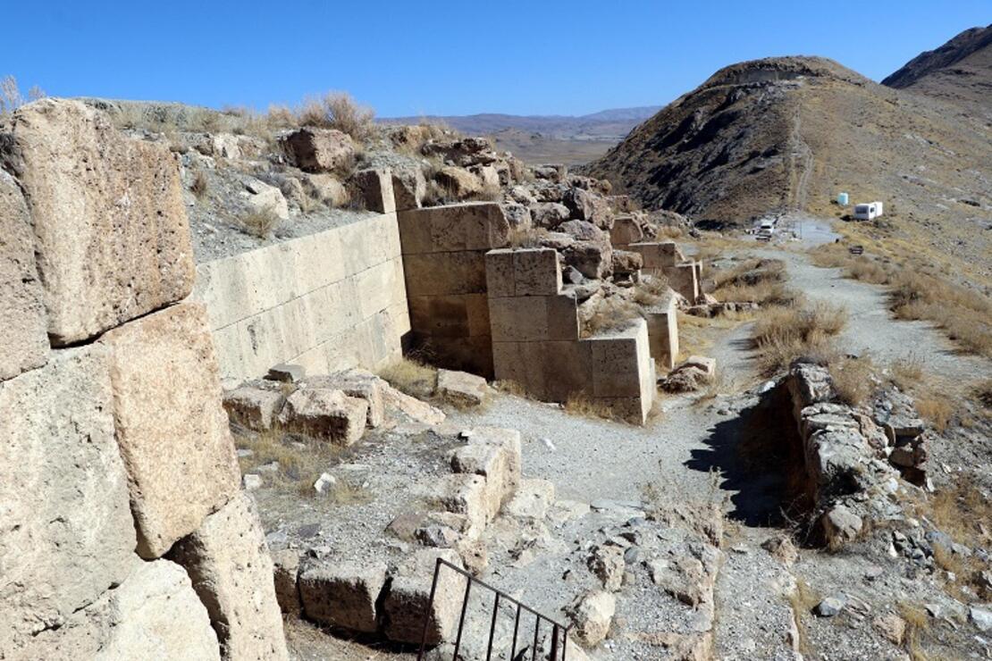 Urartular 2 bin 750 yıl önce TOKİ tekniğini kullanmış