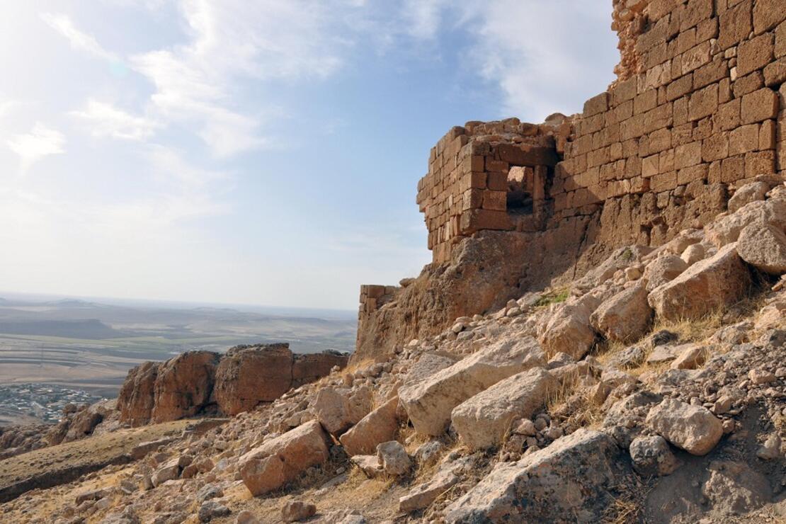 Tarihi kalenin turizme kazandırılması isteniyor