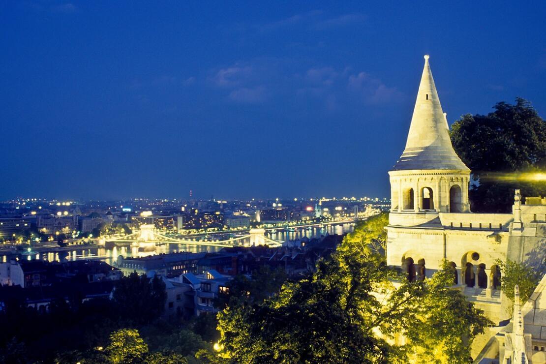 Budapeşte'nin sembollerinden Balıkçı Tabyası