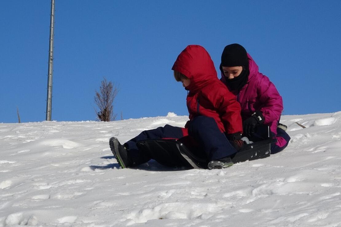 Kar yağmayan Uludağ'da, suni kar sürprizi