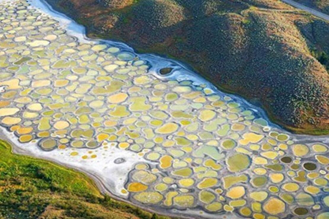 Dünyanın en sıra dışı gölü! Patlayıcı yapımında kullanılmıştı...