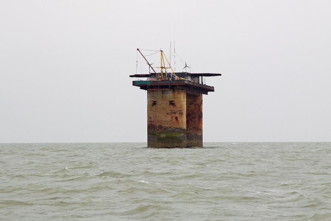 Savaş gemisine benzeyen sıra dışı bir ülke! BBC yazarı keşfe çıktı, gördükleri karşısında şaşkına döndü