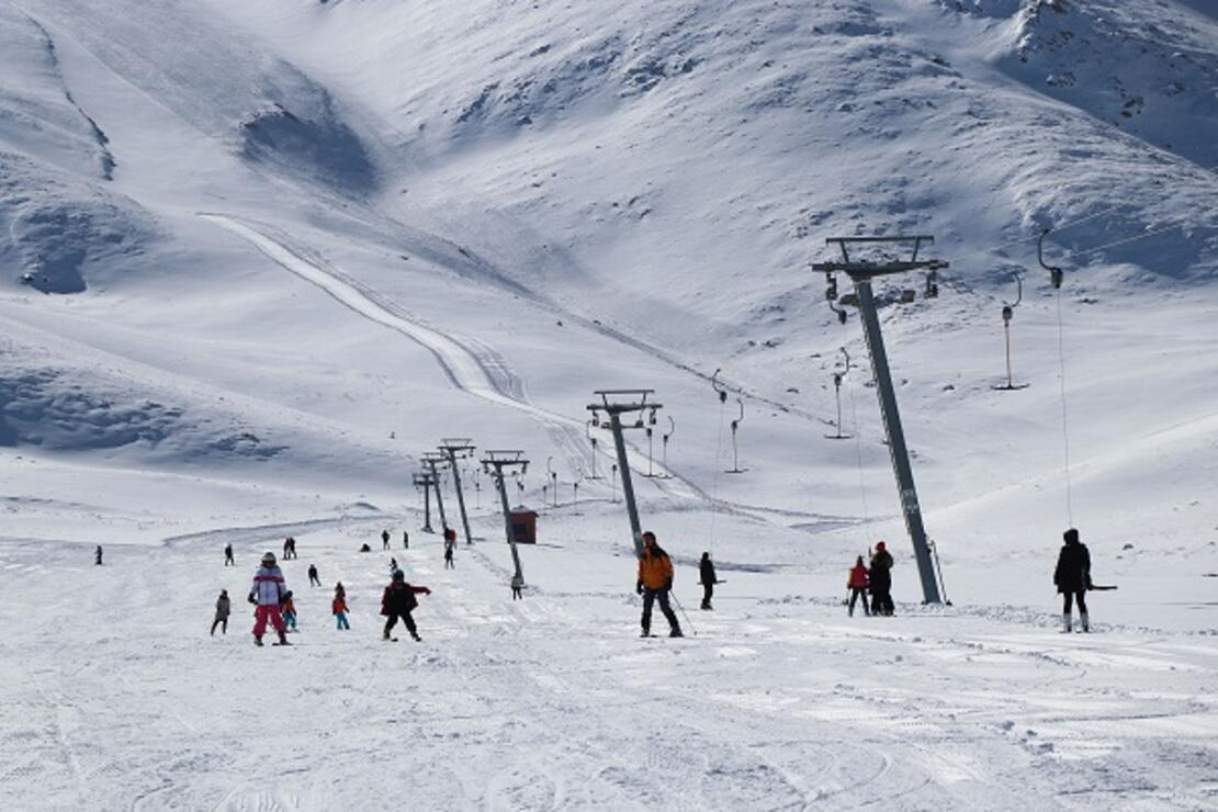 Van kış güzeli: Abalı Kayak Tesisi