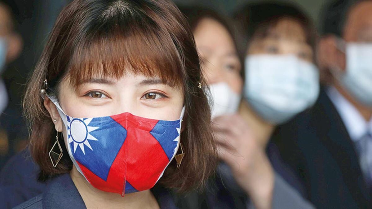 Dünya bunu tartışıyor: Herkes maske takmalı mı?