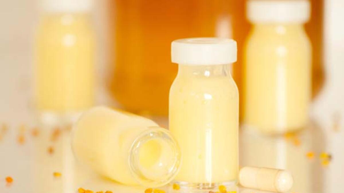 Arı Sütü: Nedir, Faydaları ve Yan Etkileri Nelerdir? - Mahmure