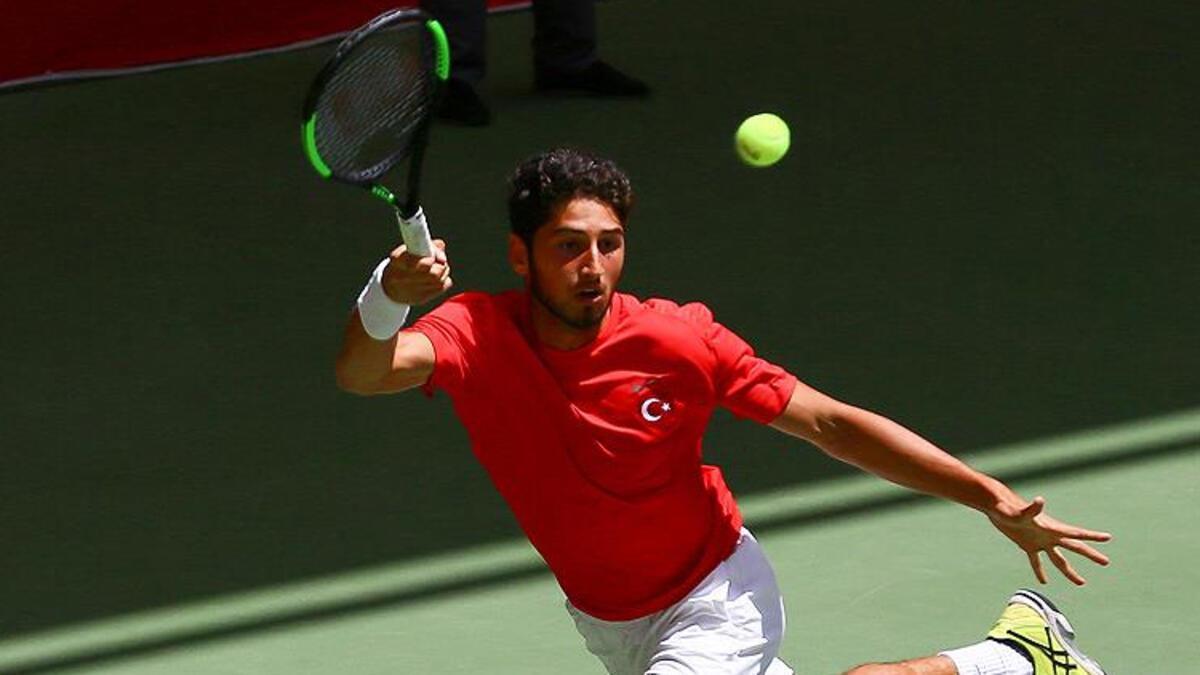 Milli tenisçi Altuğ Çelikbilek, Singapur Açık'ta ikinci tura çıktı