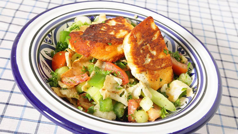 Cevizli, tulum peynirli salata tarifi