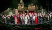 110 kişilik dev kadro Ustalar 'Pera  Müzikali'nde