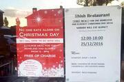 Kimse Noel'de yalnız başına yemek yememeli