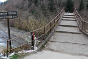 Restorasyondaki tarihi köprüye tehlikeli ziyaret