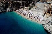 Türkiye'nin dünyaca ünlü plajında izdiham