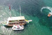 Sinopta gezi teknesi karaya oturdu
