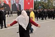Yüzlerce asker arasında 'Ali'sini böyle aradı