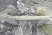 Barajın suyu çekilince eski köprüler 20 yıl sonra gün yüzüne çıktı
