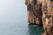 Antalya'da denizin dibi atıkla dolu