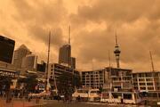 Yeni Zelandada gökyüzü turuncuya döndü