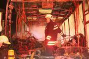 TEM Otoyolunda otobüs yandı: 32 kişi faciadan son anda kurtuldu
