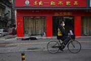 Son dakika haberi: Wuhanda sokak ortasında bir adam öldü Çinden gelen son dakika coronavirüsü açıklaması korkuttu