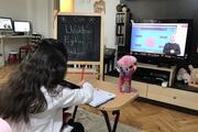 Corona virüs tatili nedeniyle uzaktan eğitim dersleri başladı