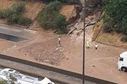 Adanada sağanak yağış hayatı felç etti