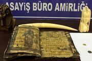 Hatayda Grekçe yazılı kitap, fildişi ve heykeller ele geçirildi
