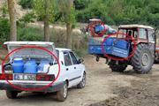 Tekirdağda köylüler, traktör ve araçlarla su taşıyor
