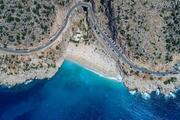Kaputaş Plajı eski günlerine döndü; kilometrelerce araç kuyruğu oluştu