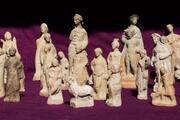 Myra Antik Kenti'nde, hepsi bir arada 50'den fazla heykelcik bulundu