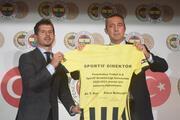 Son Dakika | Fenerbahçede Emre Belözoğlunun imza törenin Erol Bulut detayı